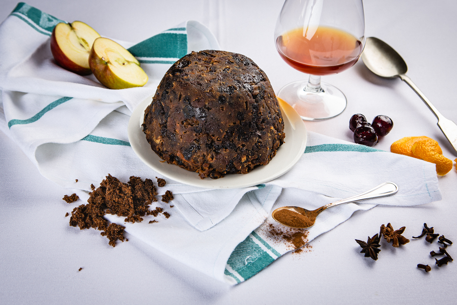 Cafe St Honore Christmas Pudding WEB 2019